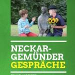 Ausschnitt aus dem Deckbaltt des Flyer zur Veranstaltungsreihe Brunch und Politik mit einem Foto von zwei sich unterhaltenden Menschen auf einer Bank im Menzerpark Neckargemünd