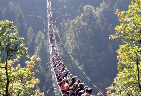 Das populäre Ausflugsziel Geierley-Brücke im Hunsrück wäre ohne die Einnahmen aus den Energieprojekten nicht zu finanzieren gewesen.